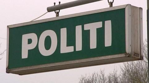 66f76f60910 Lokalpolitiet i Assens har i dag anholdt en mand og en kvinde, der menes at  stå bag to røverier i Tommerup. Makkerparret på henholdsvis 20 og 21 år  sigtes ...